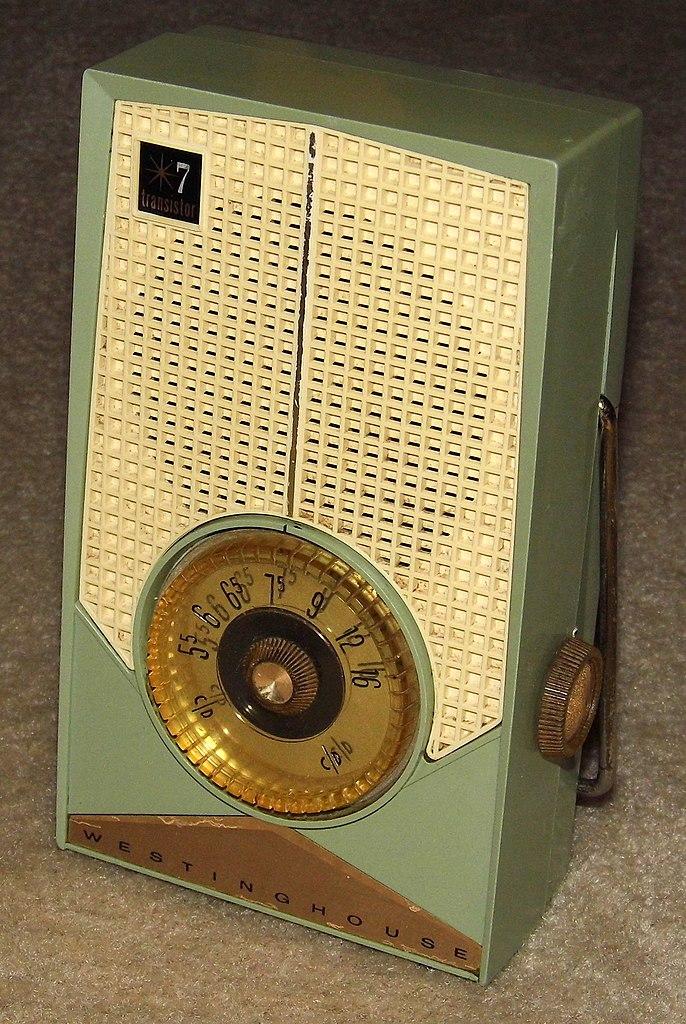 File Vintage Westinghouse 7 Transistor Radio Model