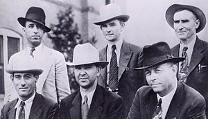 photo of six-man posse who killed Bonnie & Cly...