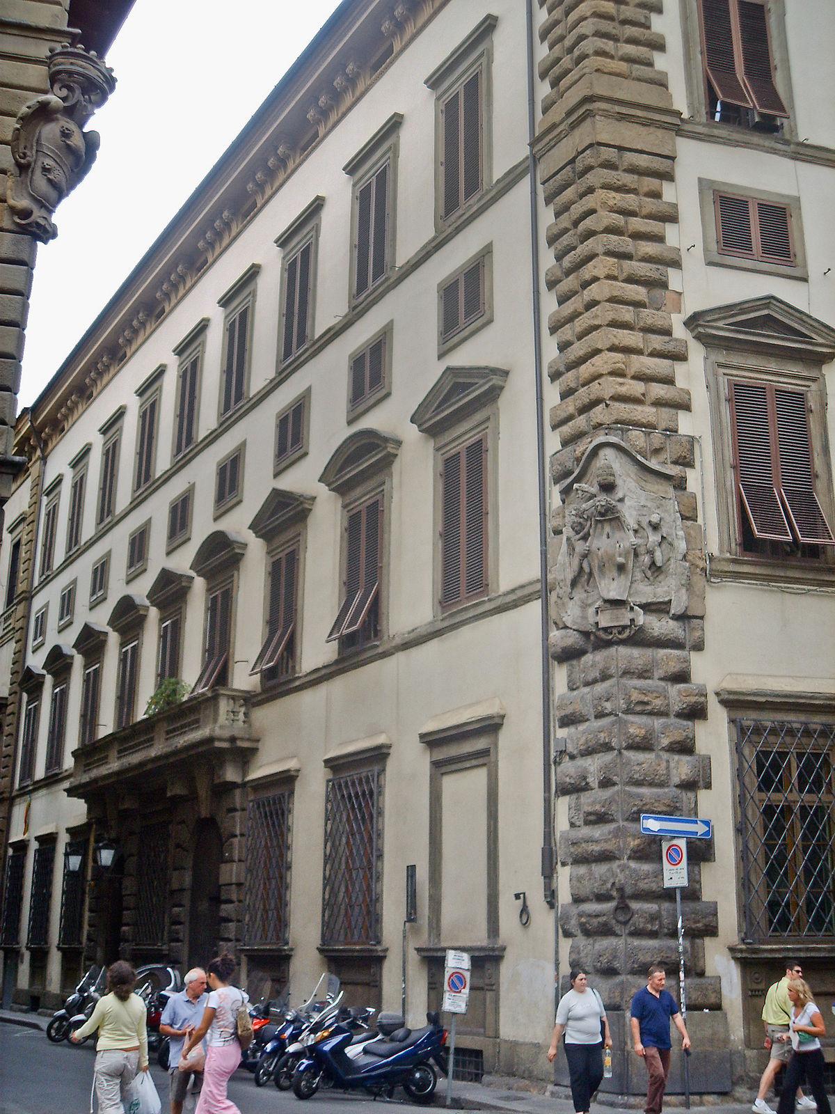 Palazzo Pucci  Wikipedia