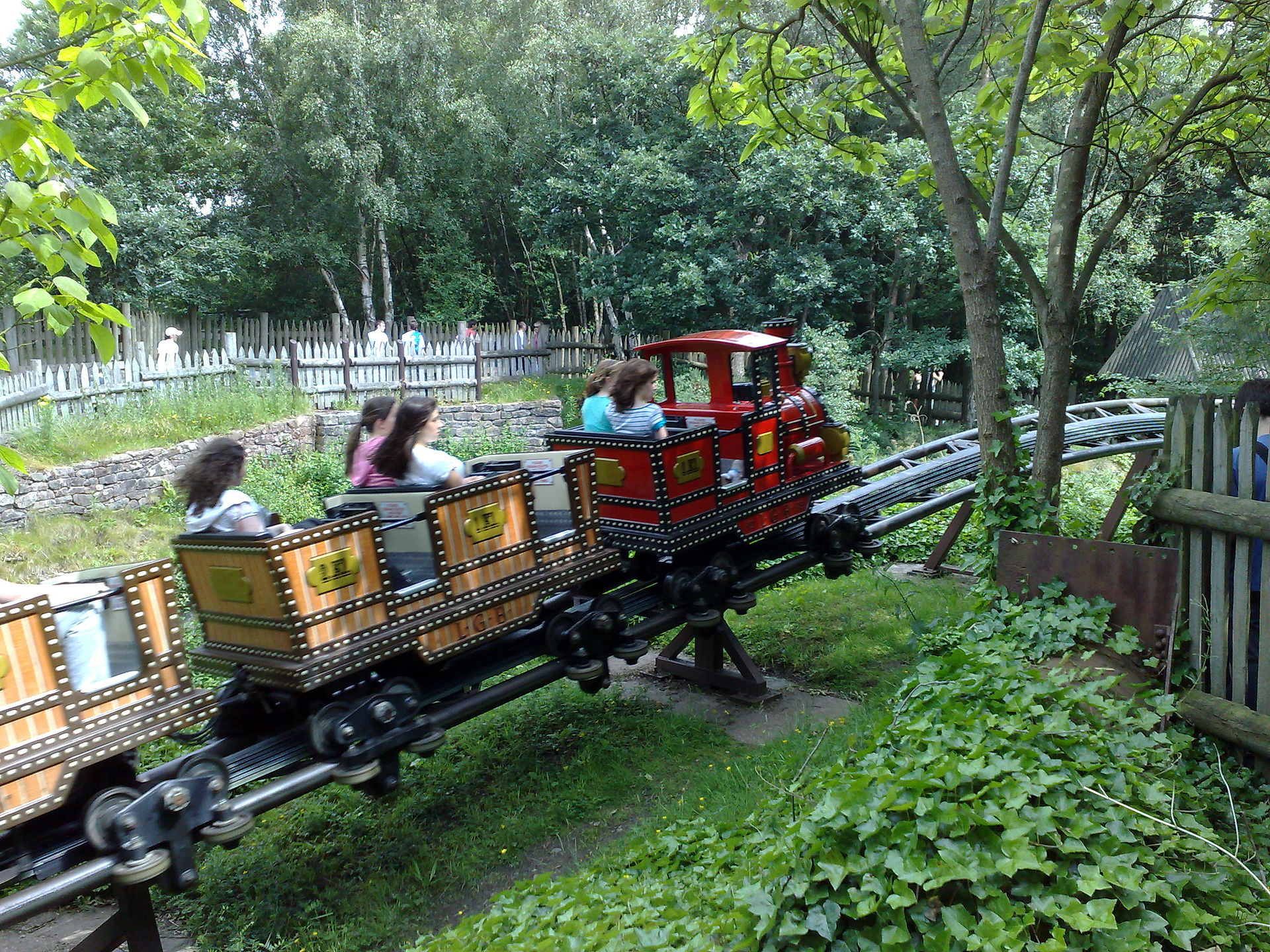Runaway Mine Train Alton Towers Wikipedia