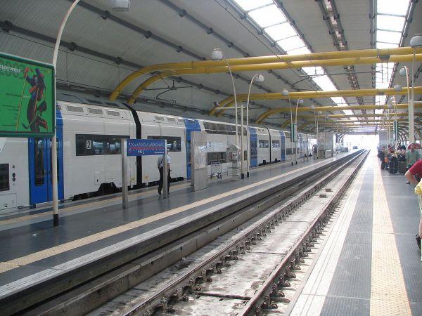 Fiumicino Aeroporto Railway Station - Wikipedia