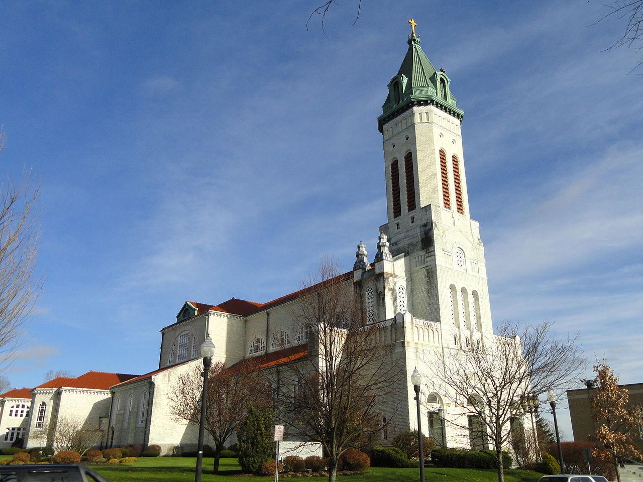 FileNotre Dame Catholic Church Southbridge MA  DSC02677JPG  Wikimedia Commons