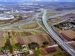 Das derzeit größte Autobahnkreuz Polens:  Autobahnkreuz Gliwice-Sośnica (Bild: Mikołaj Welon vel Welones)