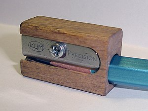 English: Image of a wooden pencil sharpener.