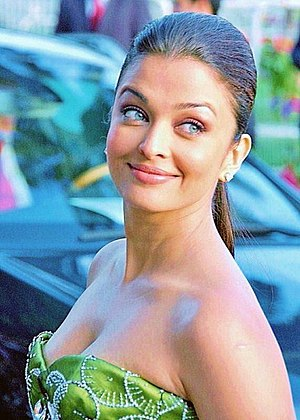English: Aishwarya Rai at film festival
