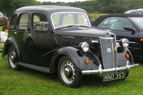 small resolution of file ford prefect ca 1948 jpg