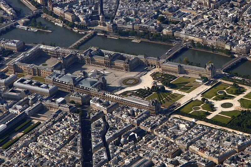 Tập tin:Louvre Paris from top edit cropped.jpg