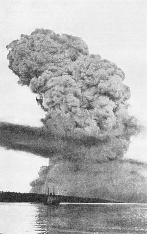 A view of the Halifax Explosion pyrocumulus cl...