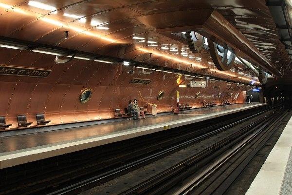Paris Tro Line 11 - Wikipedia