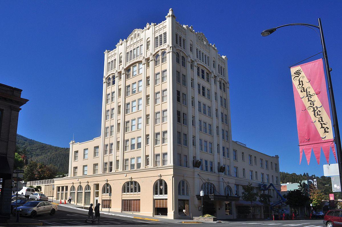 Ashland Springs Hotel  Wikipedia