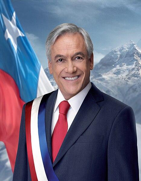 Archivo:Fotografía oficial del Presidente Sebastián Piñera - 2.jpg