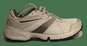 Français : Photo d'une chaussure de sport. Le ...