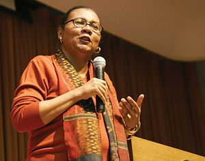 English: Bell Hooks