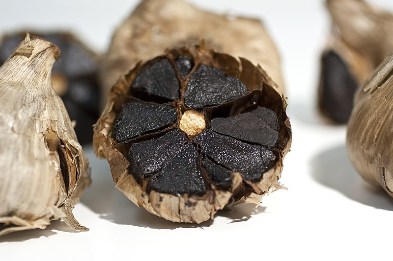 File:Black garlic.jpg