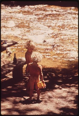 CHILDREN ON CAMPING TRIP - NARA - 543677