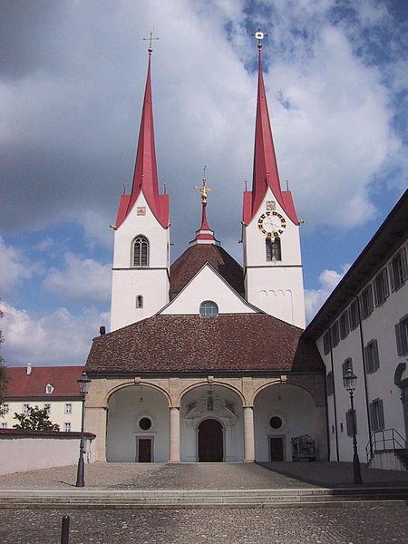 Datei:KlosterkircheMuri.jpg