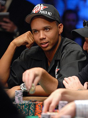 English: 2009 WSOP Seat 3 - Phil Ivey - 9,765,000