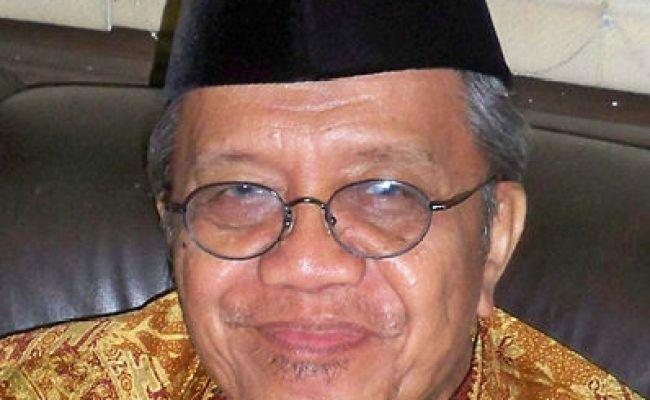 Berkas Taufiq Ismail Crop Jpg Wikipedia Bahasa Indonesia