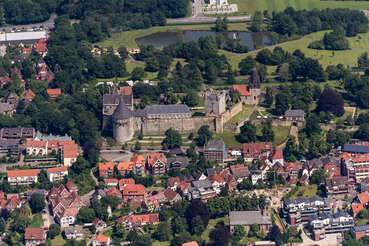 FileBad Bentheim Burg Bentheim  2014  9520jpg