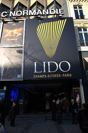 Français : Le Lido - Paris. 06 mars 2009