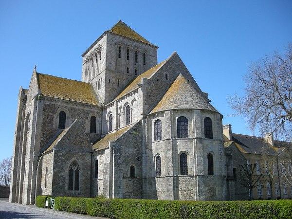 Lessay Abbey - Wikipedia