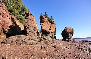 Deutsch: Hopewell Rocks bei Niedrigwasser Engl...