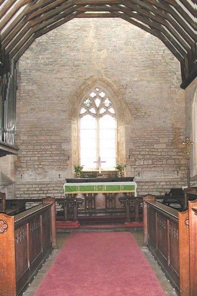 File:St James, Longborough Gloucestershire - Chancel - geograph