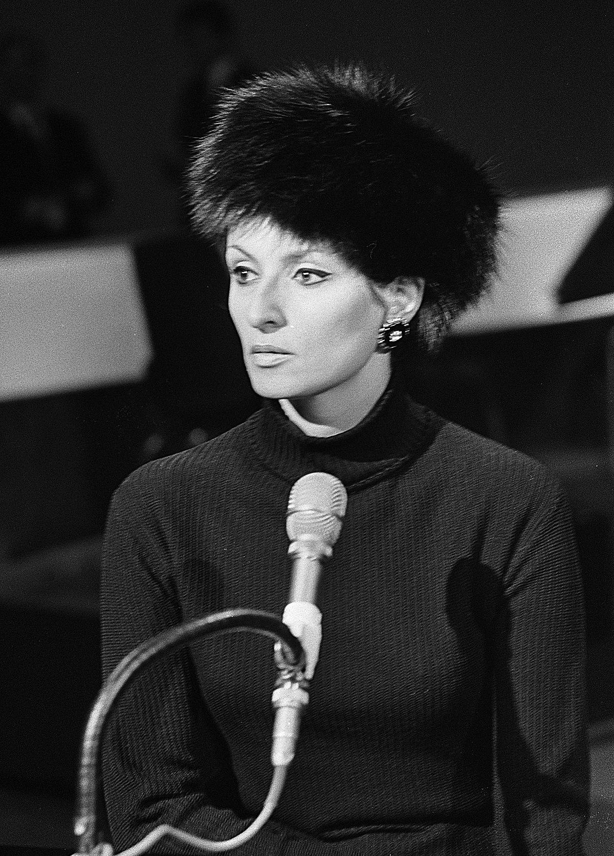 Qui A Chanté « La Petite Valse » En 1982 ? : chanté, petite, valse, Barbara, Wikipédia