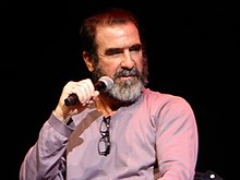 Ce dernier a rassemblé en moyenne 4,27 millions de fans, soit 18,6% de l'ensemble du public (4,4% sur. Eric Cantona Wikipedia