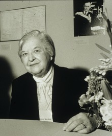 Stephanie Kwolek at Spinning Elements by Harry Kalish.TIF