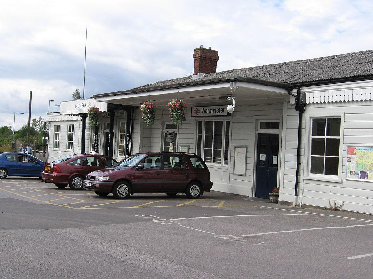 Warminster railway station  Wikipedia