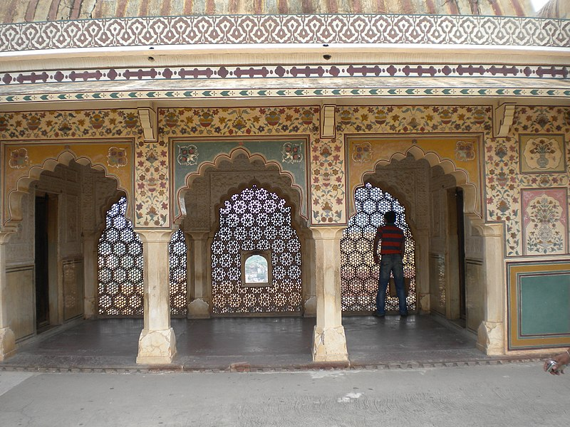 File:Amber Fort - Marble Screens above Ganesh Pol.jpg