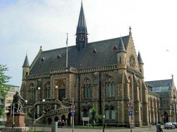 Mcmanus Galleries - Wikipedia