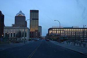 English: Rochester, NY a view from Court Stree...