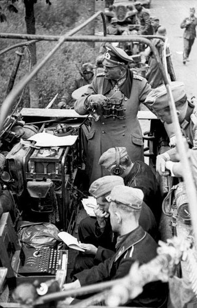 "File:Bundesarchiv Bild 101I-769-0229-12A, Frankreich, Guderian, ""Enigma"".jpg"