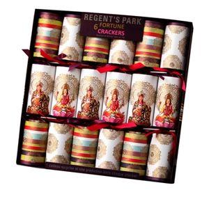 Français : Exemple de Christmas Crackers Regen...