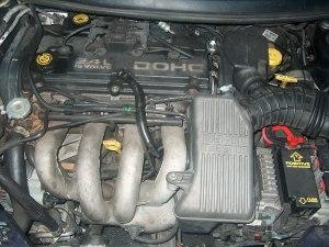 File:Chrysler 24L enginejpg  Wikimedia Commons