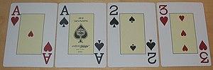 Beispiel für eine Omaha Hold'em Hi-Lo Hand ein...