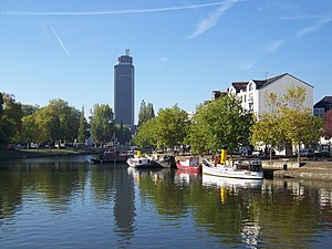 English: Nantes: the Erdre river and the Breta...