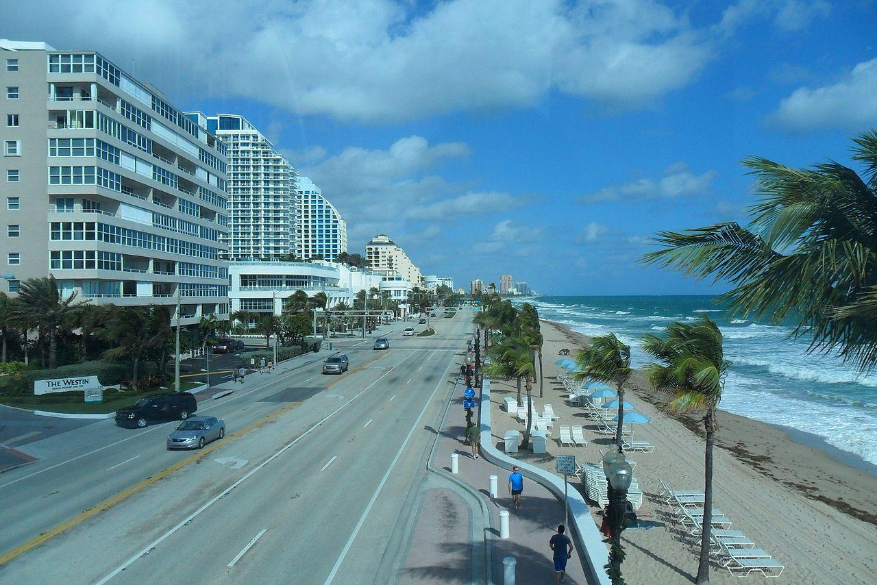 FileFort Lauderdale Beach FLJPG  Wikimedia Commons