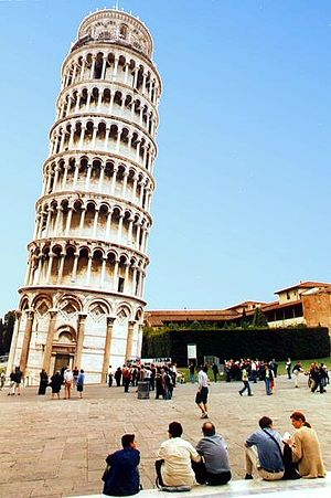 Leaning tower of pisa 4