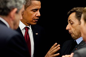 English: President Barack Obama talks with Fre...