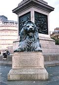 Uno de los leones de la base de columna dedicada a Horacio Nelson en Londres, su trabajo más conocido.