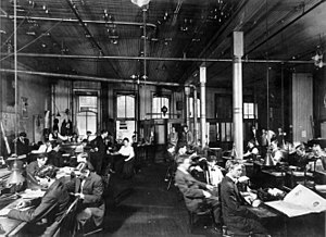New Orleans Item newspaper news room, circa 1900