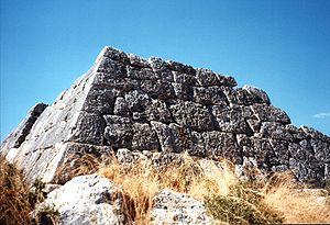 Pyramide von Hellinikon