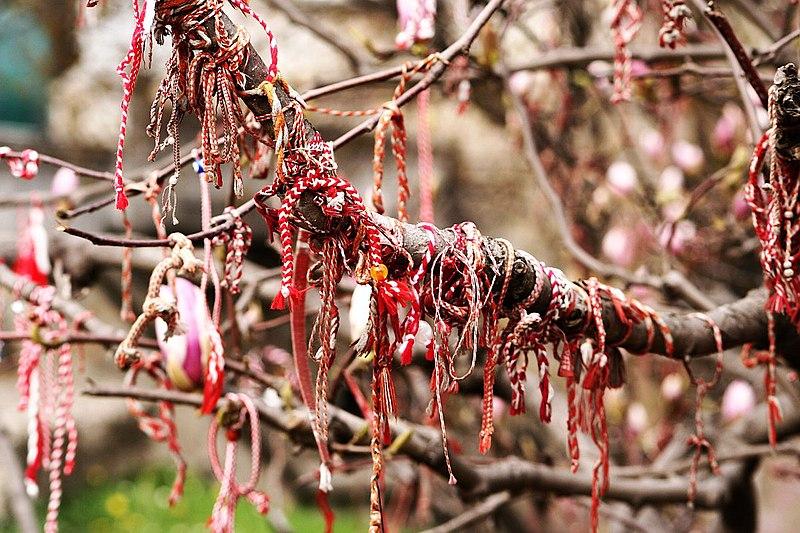 arbre souhaits bulgarie martenitza