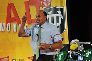 "English: CNBC's ""Mad Money with Jim Cramer"" ca..."