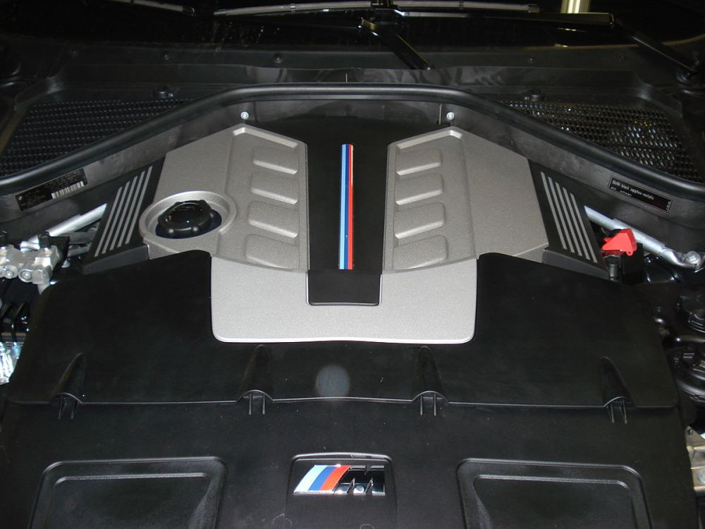 medium resolution of part of a bmw x6m engine
