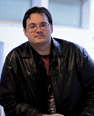English: Author Brandon Sanderson at Utopiales...