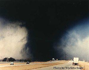 English: The Hesston, Kansas tornado of March ...